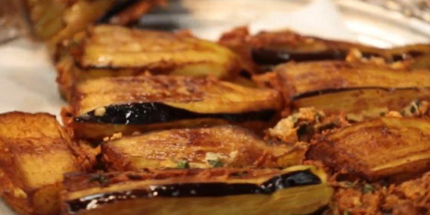 Mutfak Sırları Patlıcanı Kızartırken Yağ Çekmesi Nasıl Önlenir? İşte Kızartmanın püf noktası