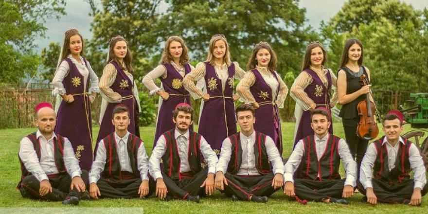 """Kültür ve Güzel Sanatlar Derneği """" Akif Yahya"""" yeni yönetimine kavuştu"""