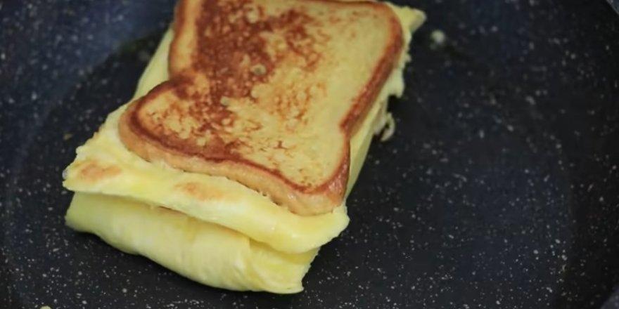 Bugün ne pişirsem diyenlere makinelerden vazgeçiren çok lezzetli tavada tost tarifi